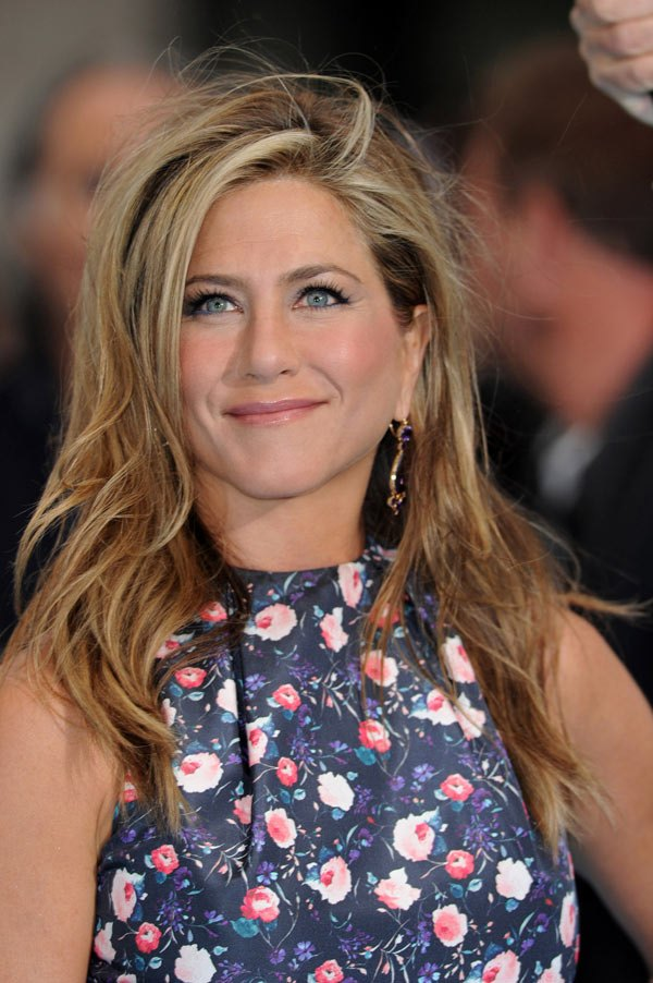 jennifer-aniston-love-or-loathe-millers-london-beauty-ftr.jpg